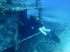 Akterdekk, babord inngang, dykker