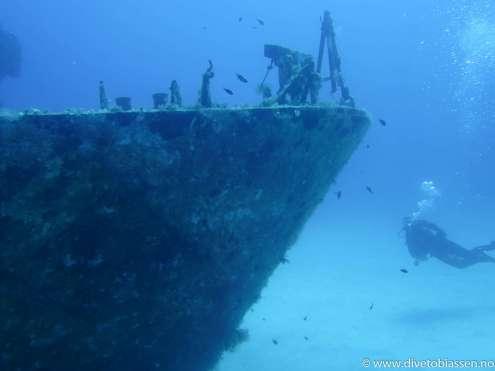 Baugen, styrbord, dykker